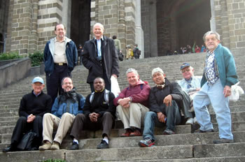 Renewal group on steps of Cathedral at Lu Puey