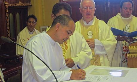 Filipino Marist makes final profession in Thailand