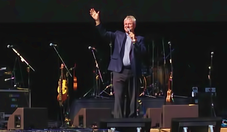 Chris Skinner on stage at the Mission Concert 2013